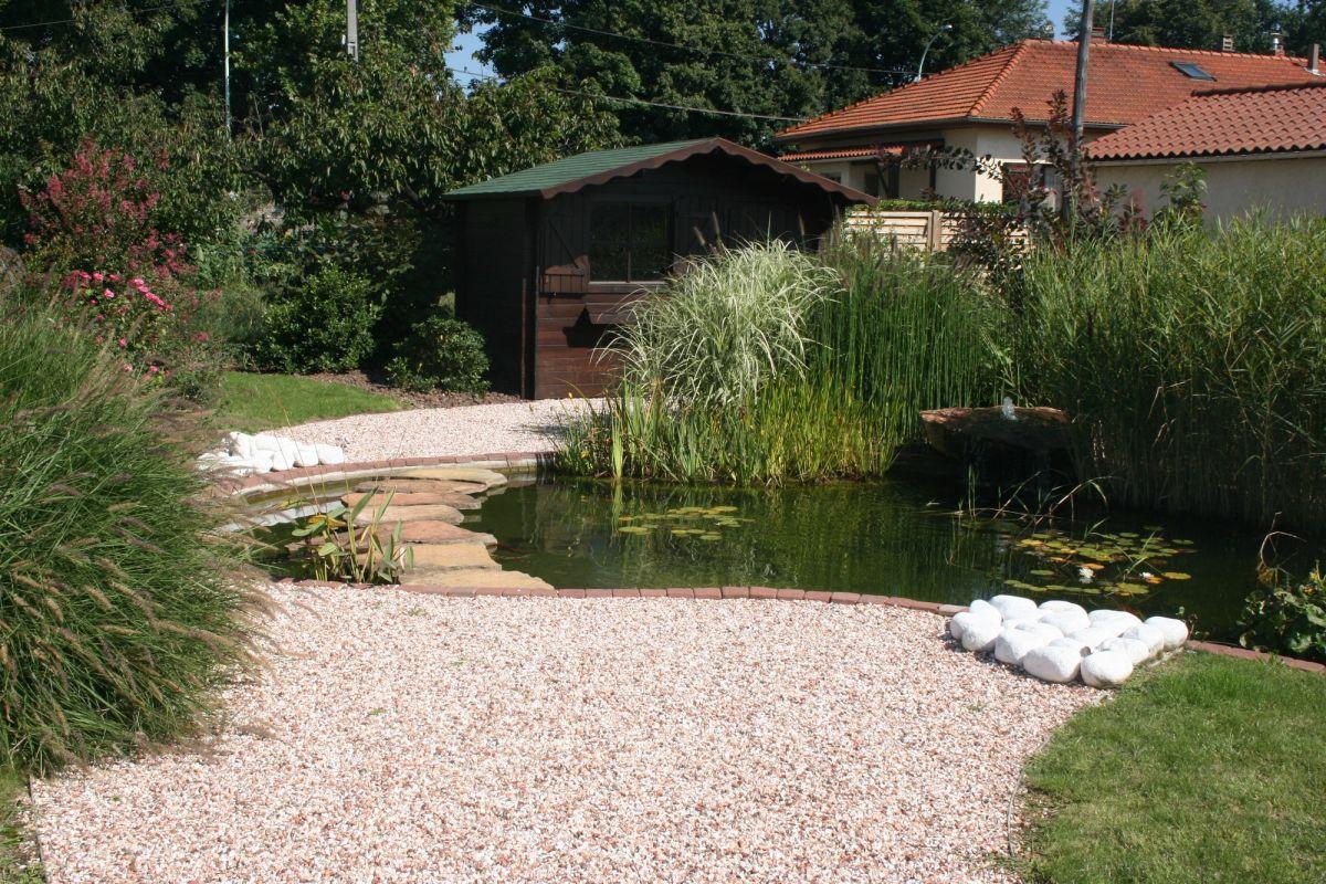 Cr ation de jardins et d 39 espaces verts lyon c t jardin for Amenagement espace vert maison